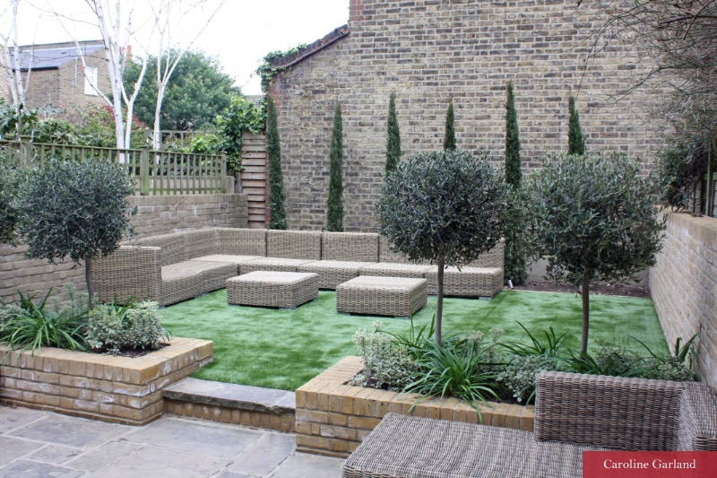 Classical and contemporary garden