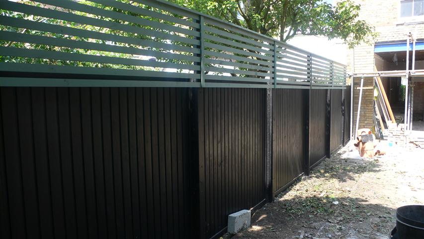 Black fencing, very smart
